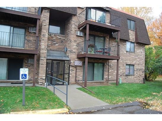 30675 Park Street #306, Lindstrom, MN - USA (photo 2)