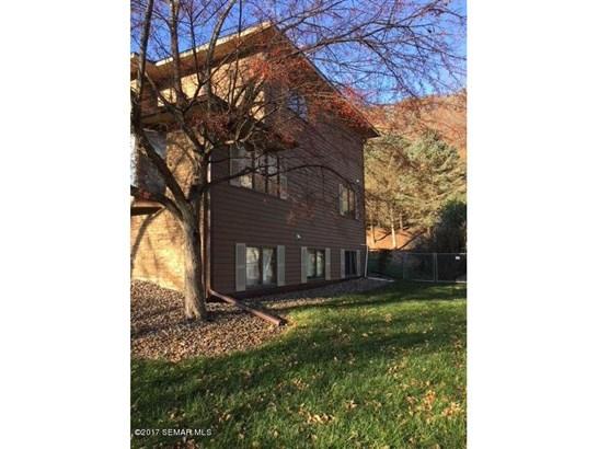 249 Oak Leaf Drive, Winona, MN - USA (photo 3)