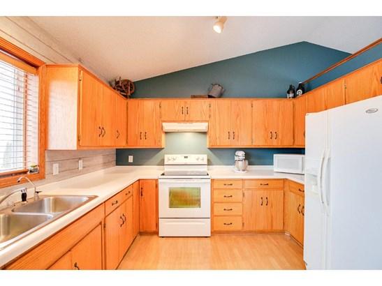 320 6th Street Nw, Maple Lake, MN - USA (photo 2)