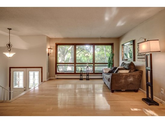 1517 Zealand Avenue N, Golden Valley, MN - USA (photo 2)