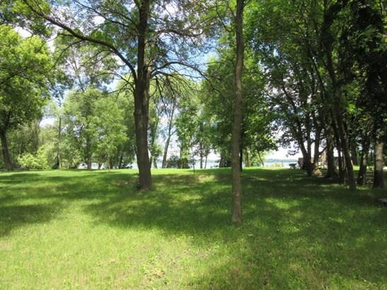 2300 47th Avenue Ne, Willmar, MN - USA (photo 2)