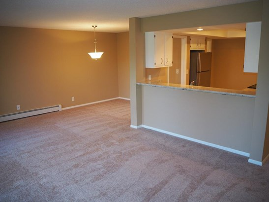 9700 Portland Avenue S #133, Bloomington, MN - USA (photo 4)