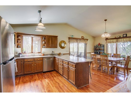 418 Highland View, Houlton, WI - USA (photo 5)
