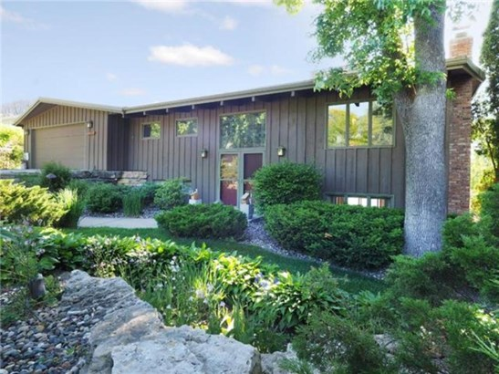 1100 Angelo Drive, Golden Valley, MN - USA (photo 5)