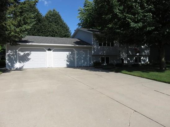 2201 21st Street Sw, Willmar, MN - USA (photo 2)
