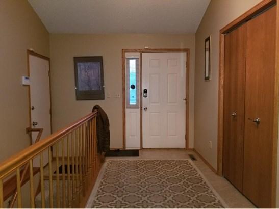 13532 Parkwood Drive, Burnsville, MN - USA (photo 4)