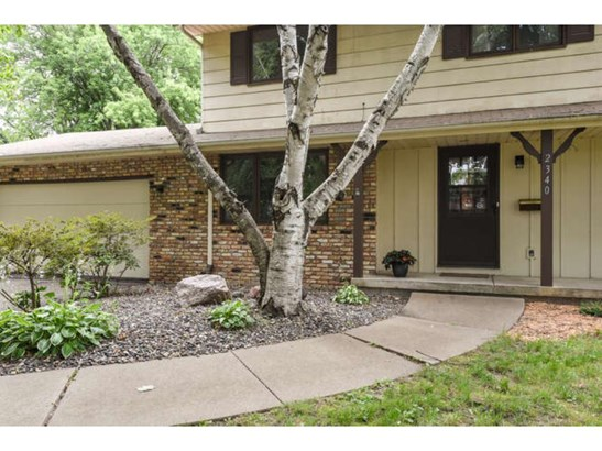 2340 Aquila Avenue N, Golden Valley, MN - USA (photo 2)