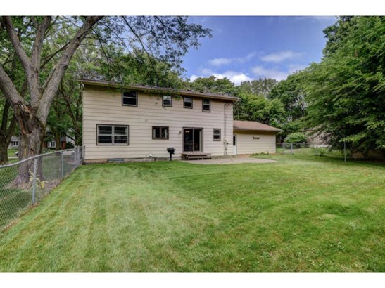 2340 Aquila Avenue N, Golden Valley, MN - USA (photo 3)
