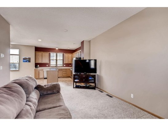 2700 Pinkspire Lane E, Maplewood, MN - USA (photo 4)