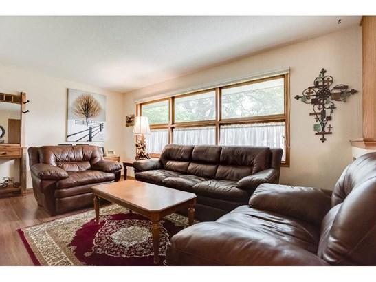 6089 Yukon Avenue N, New Hope, MN - USA (photo 3)