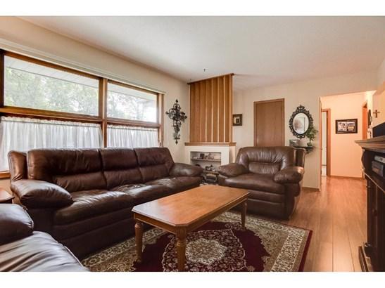 6089 Yukon Avenue N, New Hope, MN - USA (photo 4)
