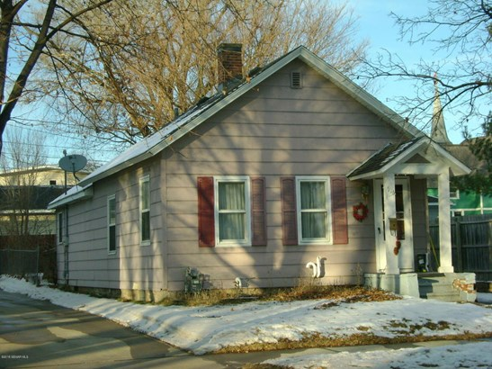 916 W 10th Street, Winona, MN - USA (photo 2)