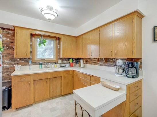 3904 Quail Avenue N, Robbinsdale, MN - USA (photo 2)
