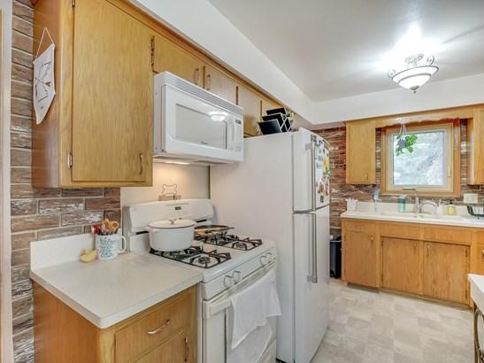 3904 Quail Avenue N, Robbinsdale, MN - USA (photo 3)