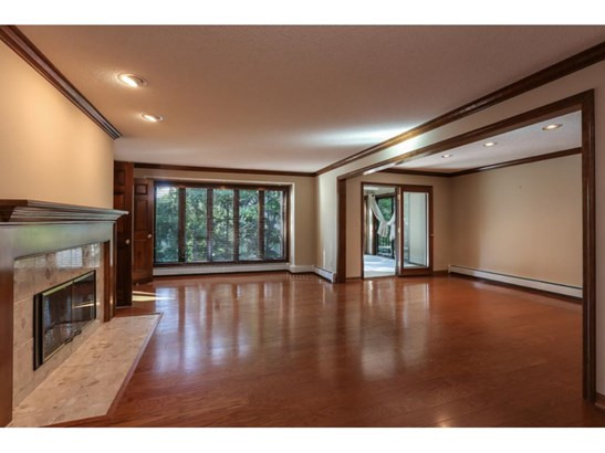 5501 Village Drive #104, Edina, MN - USA (photo 3)