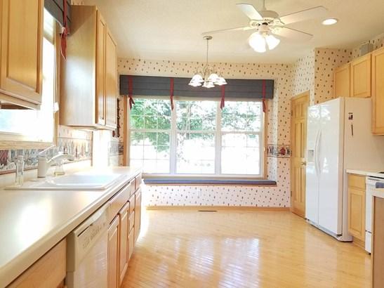 489 Meadowood Lane, Burnsville, MN - USA (photo 2)