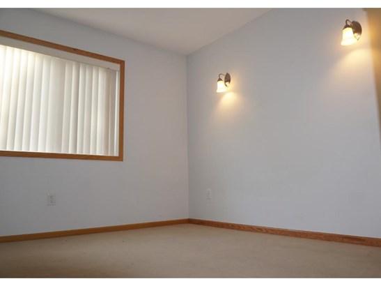 1140 Greenvale Avenue W, Northfield, MN - USA (photo 5)