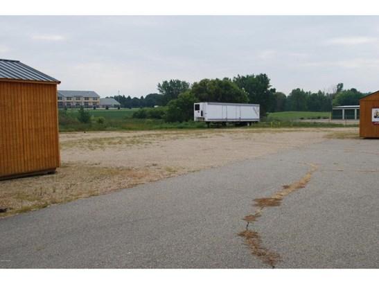 1702 E Hwy 12, Willmar, MN - USA (photo 2)