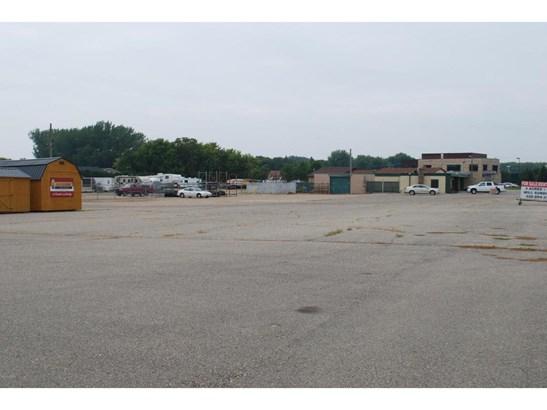 1702 E Hwy 12, Willmar, MN - USA (photo 4)