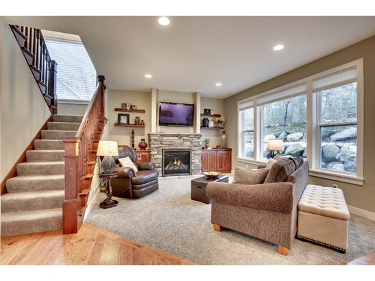 1000 Chatsworth Place, Shoreview, MN - USA (photo 2)