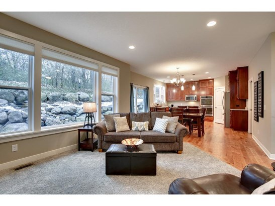 1000 Chatsworth Place, Shoreview, MN - USA (photo 3)