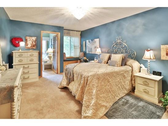 952 Kimberly Lane, Chanhassen, MN - USA (photo 5)