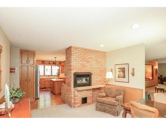 2101 Highland View Avenue S, Burnsville, MN - USA (photo 5)