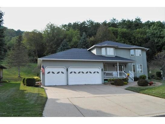 213 Oak Leaf Drive, Winona, MN - USA (photo 1)