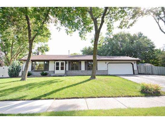 13101 Parkwood Drive, Burnsville, MN - USA (photo 1)