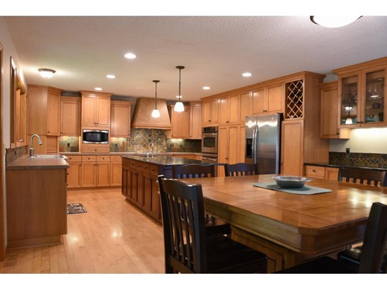 3919 Clippers Road, Eagan, MN - USA (photo 1)