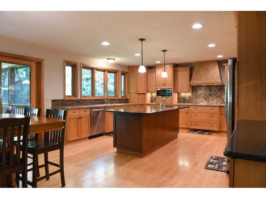 3919 Clippers Road, Eagan, MN - USA (photo 2)