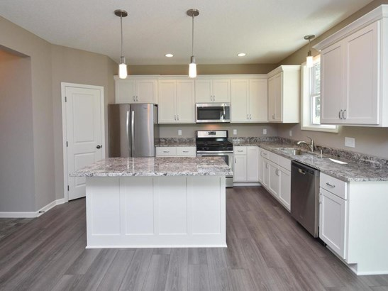 2900 129th Avenue Nw, Coon Rapids, MN - USA (photo 3)