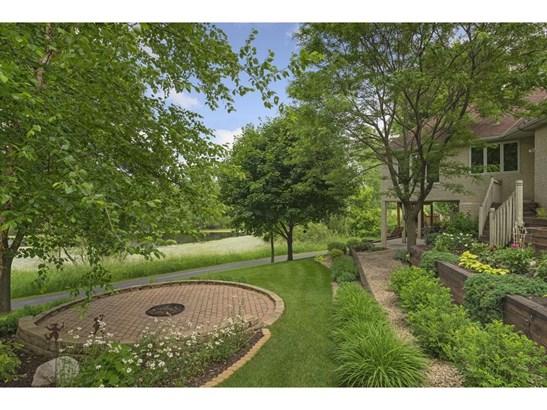 250 Lily Pond Lane, Vadnais Heights, MN - USA (photo 2)