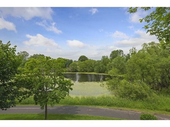 250 Lily Pond Lane, Vadnais Heights, MN - USA (photo 3)