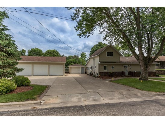 204 6th Street Sw, Chatfield, MN - USA (photo 2)