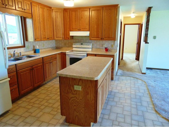 313 Howard Avenue S, Amery, WI - USA (photo 3)