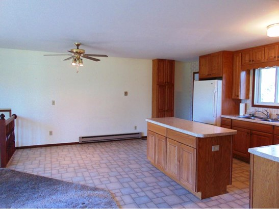 313 Howard Avenue S, Amery, WI - USA (photo 5)