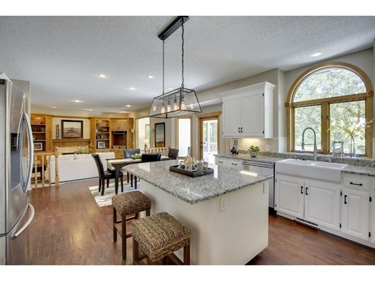 6599 Pinnacle Drive, Eden Prairie, MN - USA (photo 5)