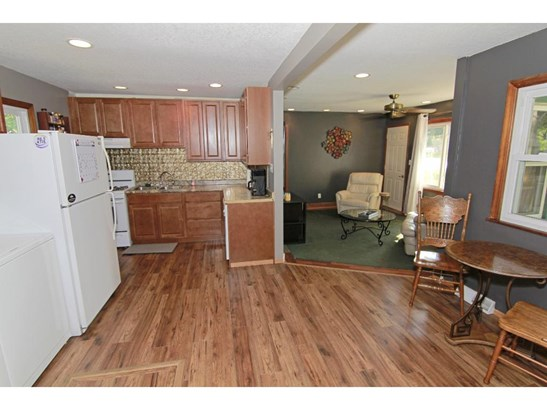2185 County Road H2, Mounds View, MN - USA (photo 5)