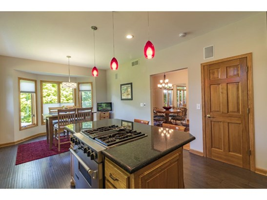 15035 Clearwater Court, Savage, MN - USA (photo 5)