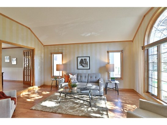 3629 Oak Creek Terrace, Vadnais Heights, MN - USA (photo 2)