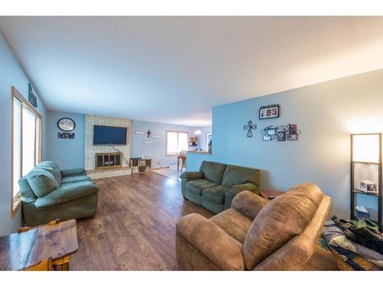 605 Angel Avenue Sw, Watertown, MN - USA (photo 5)