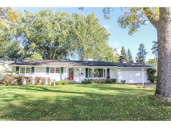 2119 Birch Street, White Bear Lake, MN - USA (photo 1)