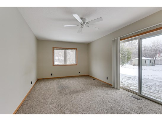 4715 Sandra Lane, White Bear Lake, MN - USA (photo 3)