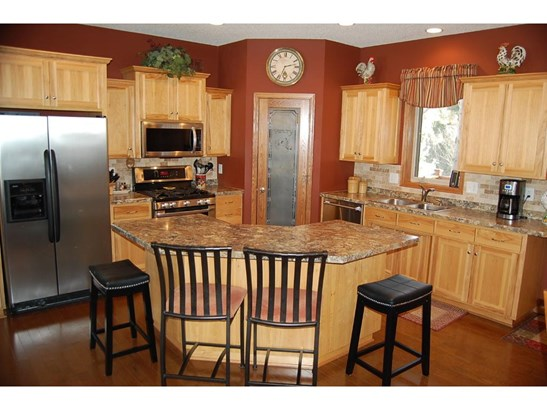 28832 Scenic Drive, Chisago City, MN - USA (photo 3)