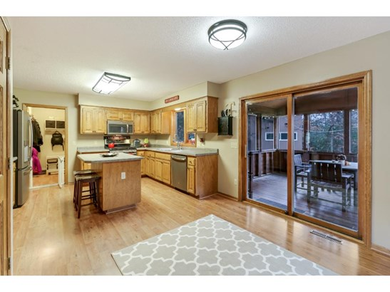 1501 Kings Wood Road, Eagan, MN - USA (photo 3)