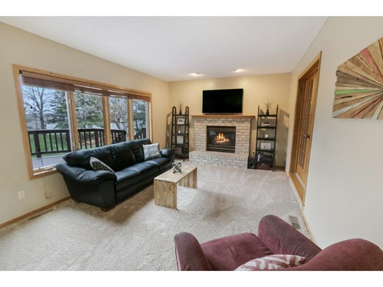 1501 Kings Wood Road, Eagan, MN - USA (photo 4)