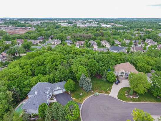 3599 Woodland Court, Eagan, MN - USA (photo 2)