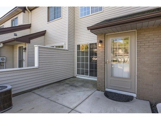 4025 Wilshire Circle #28, Shoreview, MN - USA (photo 2)