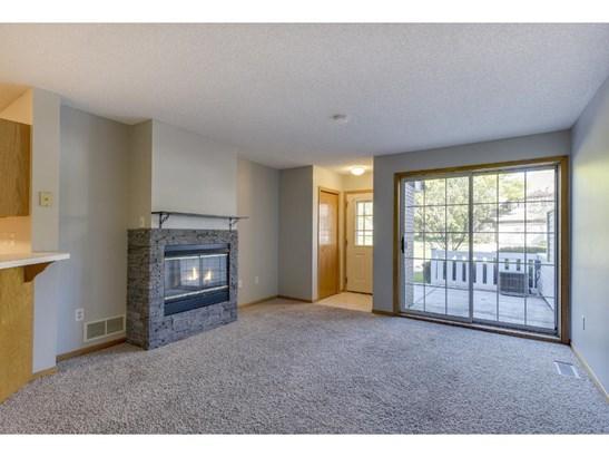 4025 Wilshire Circle #28, Shoreview, MN - USA (photo 4)